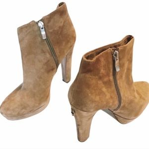 BCBGeneration Joesana suede leather ankle boots 9